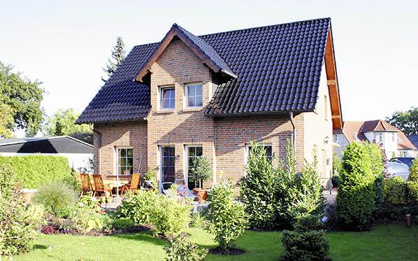 Einfamilienhäuser - Fa. direct-haus - Stein auf Stein